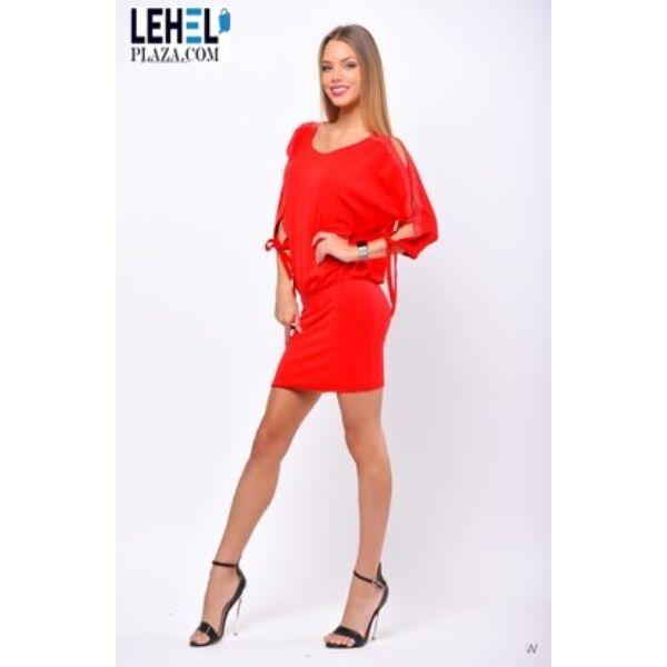 Felül bő,alján passzos piros ruha
