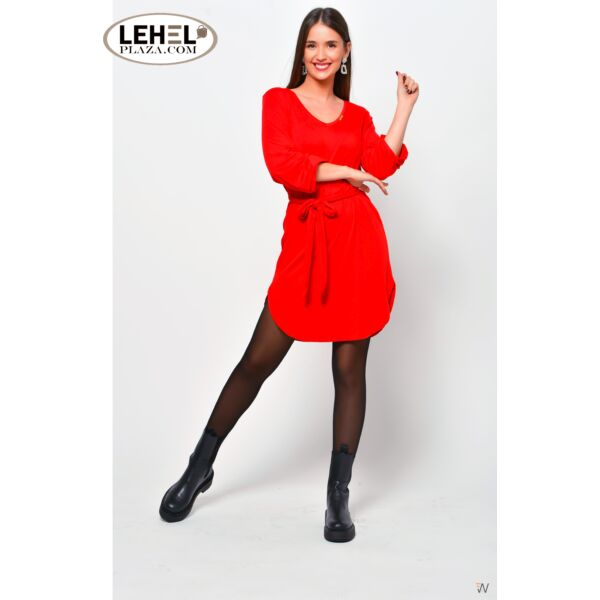 Piros öves ruha
