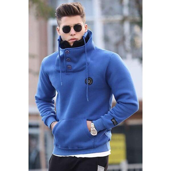 Extravagáns kék pulóver