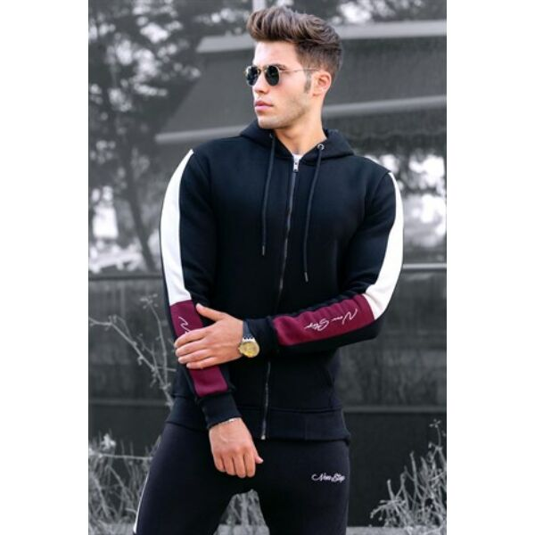 Fekete kapucnis sportos pulóver