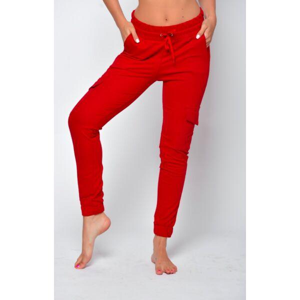 Oldalzsebes piros nadrág
