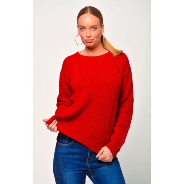 Környakú piros pulóver
