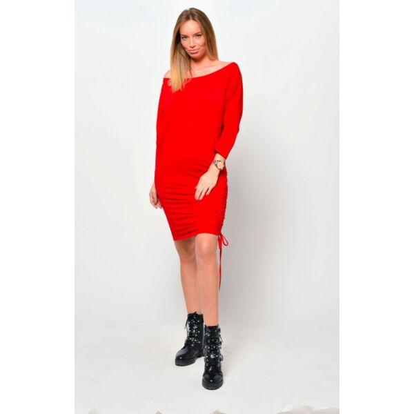 Oldalt húzott piros mini ruha