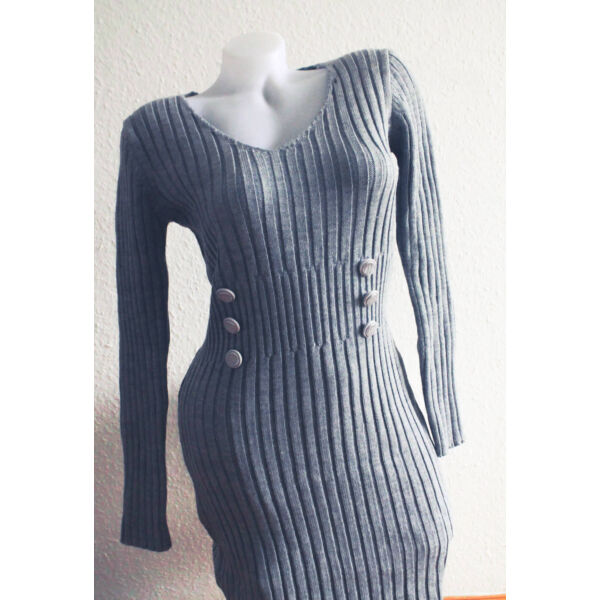 Kötött testhezálló ruha