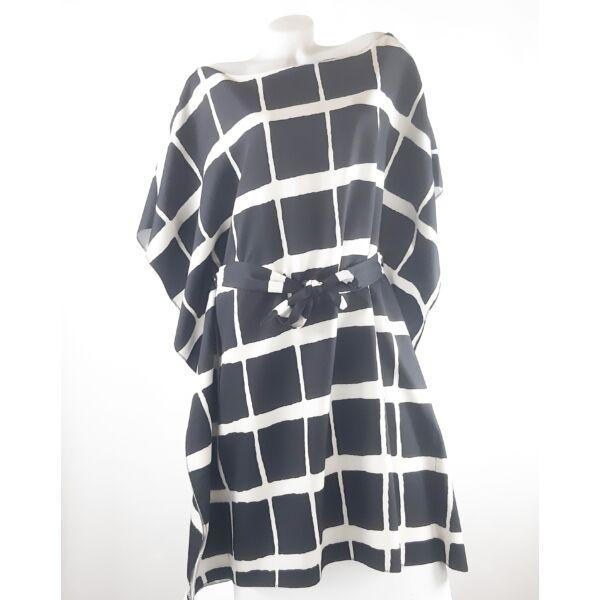 Fekete-fehér kockás lepel ruha