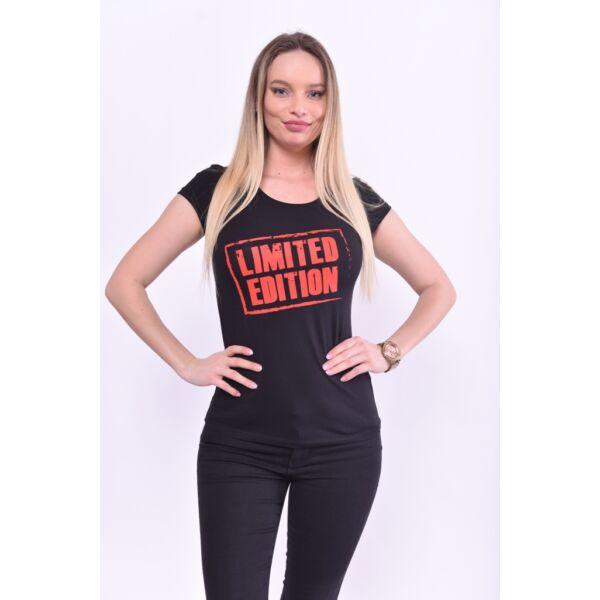 Limited edition  feliratos fekete póló