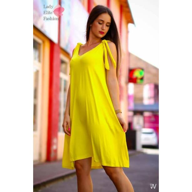 Ujjatlan lefelé bővülő sárga ruha