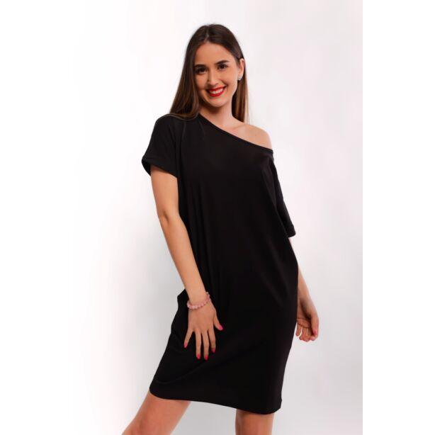 Csónaknyakú bő fazonú fekete ruha