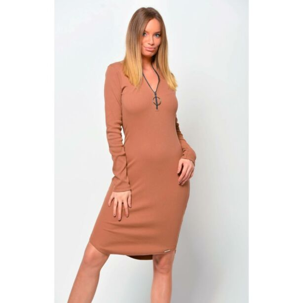 Cipzáros barna ruha