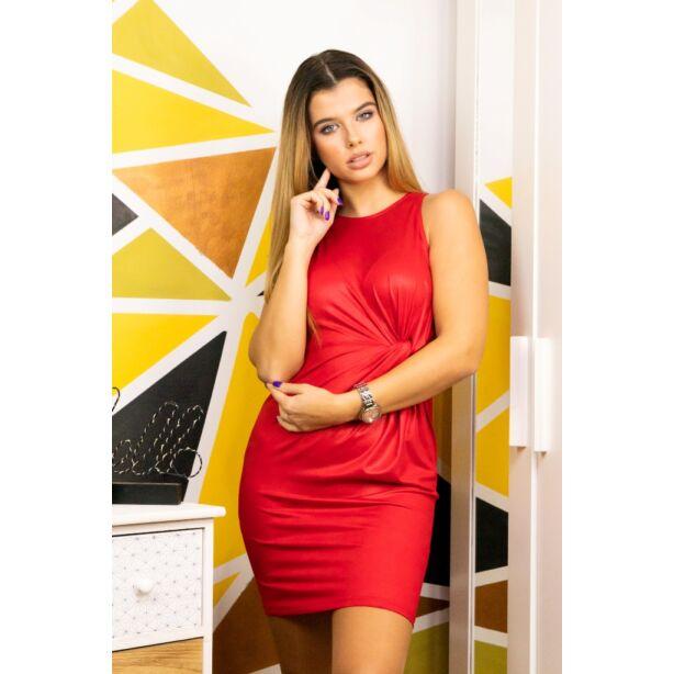 Ujjatlan elől csavart piros ruha