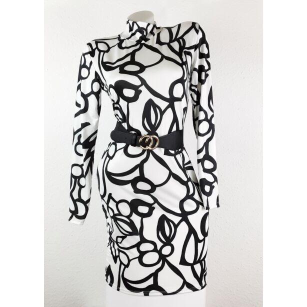 Fehér alapon fekete mintás félgarbós ruha