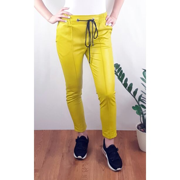 Sárga gumis derekú műbőr nadrág