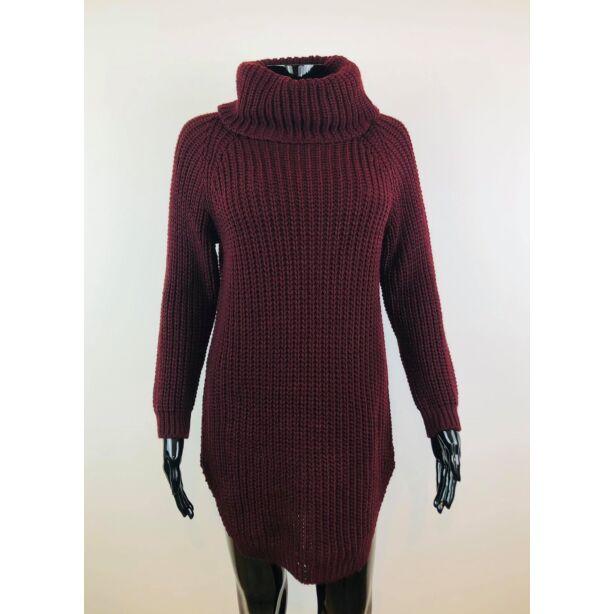 Magasnyakú bordó pulóver
