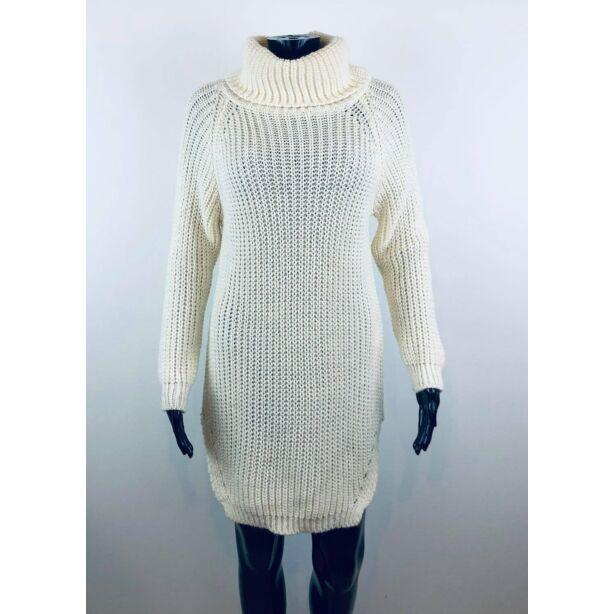 Magasnyakú törtfehér pulóver