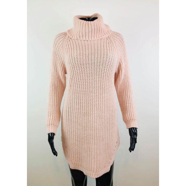 Magasnyakú púderszínű pulóver