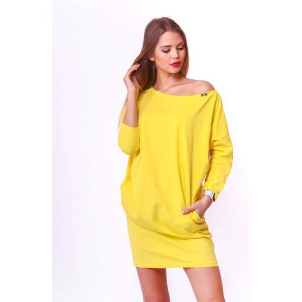 Oldalzsebes laza fazonú sárga ruha