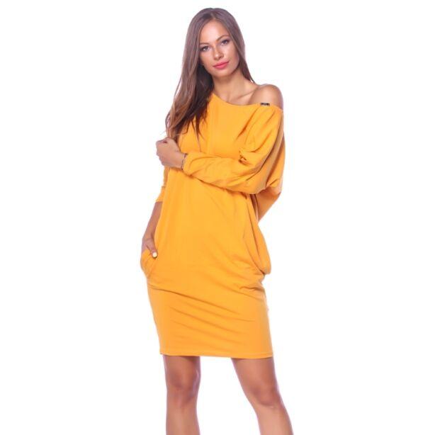 Oldalzsebes laza fazonú mustársárga ruha