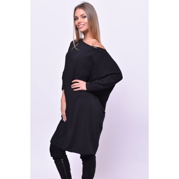 Oldalzsebes laza fazonú fekete ruha